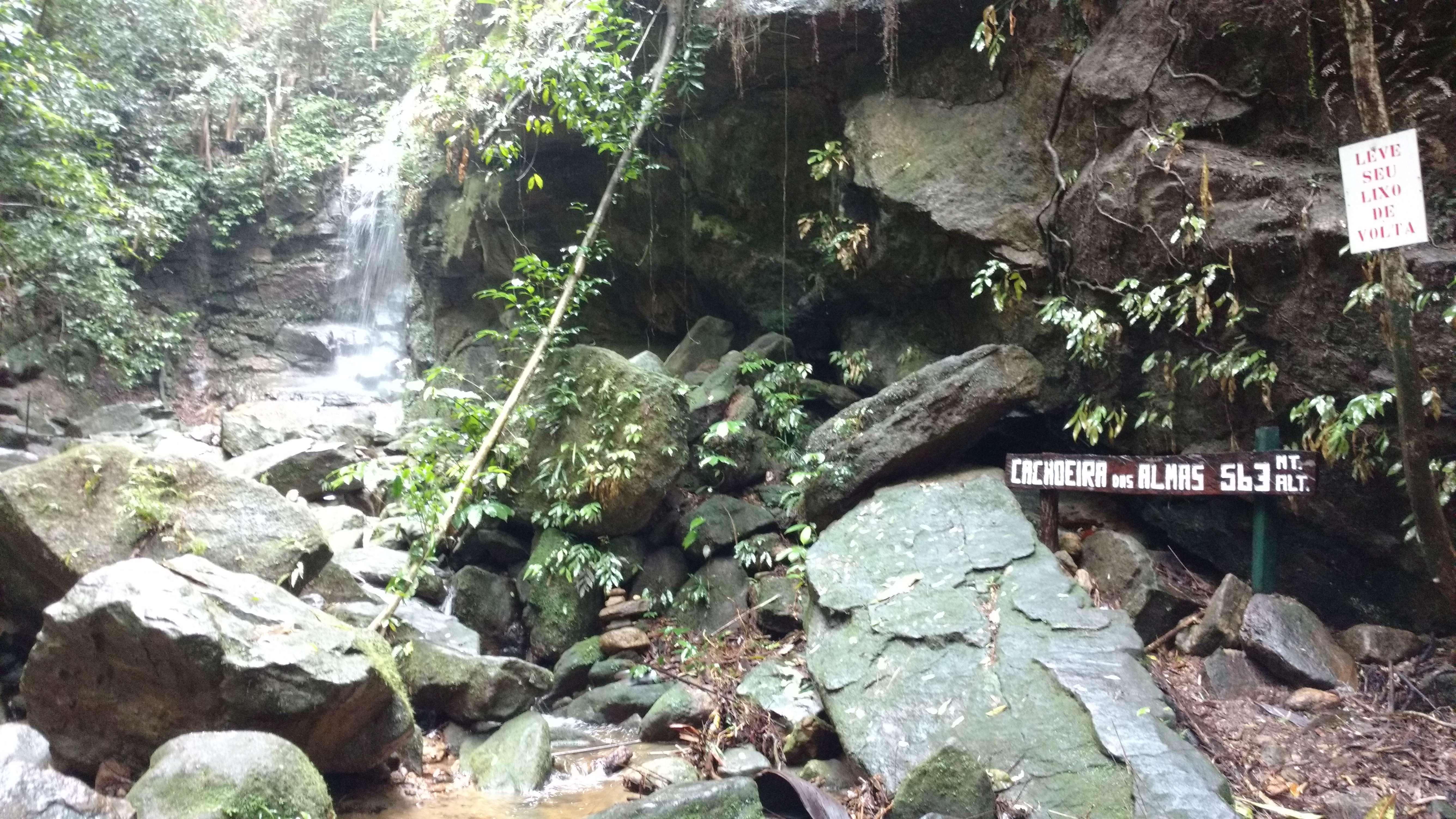 cachoeira-das-almas-vamos-trilhar